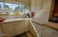312 NW 16th St, Newport, OR 97365 - Kitchen Cabinets