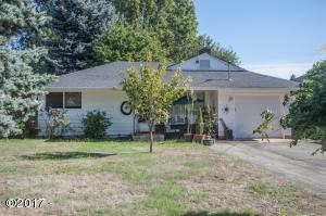 1617 Hawthorne St, Forest Grove, OR 97116 - Exterior