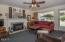 1617 Hawthorne St, Forest Grove, OR 97116 - Living Room - View 1 (1280x850)