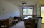 210 SE Harney St, Newport, OR 97365 - Loft View