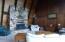 210 SE Harney St, Newport, OR 97365 - Living room