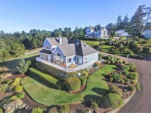 990 Highland Circle, Waldport, OR 97394 - West Side Of the Home