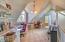 990 Highland Circle, Waldport, OR 97394 - Master Bedroom