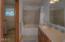 301 Otter Crest Dr, 420-421, Otter Rock, OR 97369 - Full bath in loft