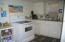 315 SW Coast Ave, Depoe Bay, OR 97341 - Lower level kitchen