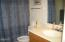 315 SW Coast Ave, Depoe Bay, OR 97341 - Lower level bath
