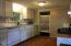 245 NE 10th St, Newport, OR 97365 - Kitchen