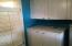 245 NE 10th St, Newport, OR 97365 - Laundry storage
