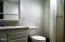 245 NE 10th St, Newport, OR 97365 - Master Bathroom