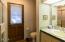 4240 Knoll Terrace, Neskowin, OR 97149 - Guest Bath Upper