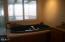 335 SW Cliff Street, Depoe Bay, OR 97341 - Master tub w/ ocean view