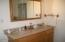 335 SW Cliff Street, Depoe Bay, OR 97341 - Master vanity