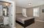 2087 NE 56th Dr, Lincoln City, OR 97367 - Carriage House Bedroom - View 1 (1280x85