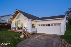 35545 Lower Loop Rd, Pacific City, OR 97135 - Exterior