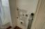407 NW 6th St, Newport, OR 97365 - Washer Dryer Hook up