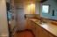 32 Salishan Loop, Gleneden Beach, OR 97388 - Kitchen