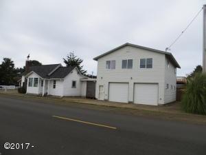 320 NE Spencer St, Waldport, OR 97394 - 2 Homes