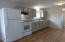 343 SE 2nd St, Toledo, OR 97391 - Kitchen