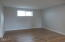 343 SE 2nd St, Toledo, OR 97391 - Living room