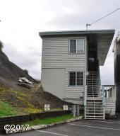 1007 NW Harbor Ave, Lincoln City, OR 97367 - Oceanfront Duplex