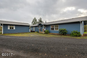 24674 SW Houser Rd, Sheridan, OR 97378 - Front