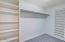 1437 NW Oceanview Dr, Newport, OR 97365 - Walk in closet
