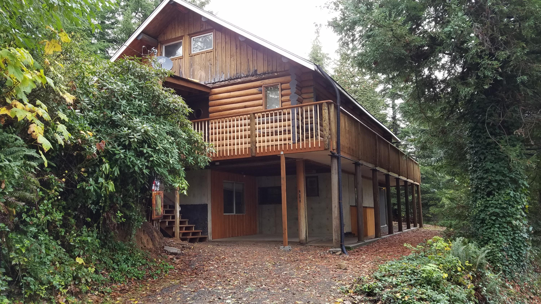 3186 NORTH Bear Creek Road, Otis, OR 97368 - Log Home Bear Creek