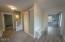 2571 SW Anemone Av, Lincoln City, OR 97367 - Foyer
