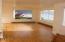 1148 SW Naterlin Dr, Newport, OR 97365 - living room