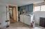 664 SE 2nd St, Toledo, OR 97391 - laundry area