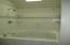 551 SE Keel Ave, Lincoln City, OR 97367 - Master Soaking Tub