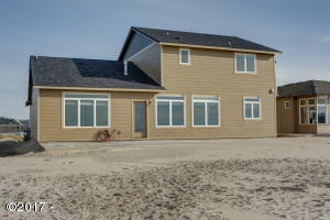 26 NW Oceania Dr, Waldport, OR 97394 - Set32