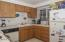 3414 NW Port Ct, Lincoln City, OR 97367 - Kitchen