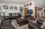 3414 NW Port Ct, Lincoln City, OR 97367 - Living Room