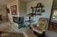 650 SE 3rd St, Newport, OR 97365 - Living Room