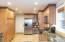 450 NE 70th Pl, Newport, OR 97365 - kitchen5