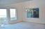 1930 NE 56th Dr, Lincoln City, OR 97367 - Dining area