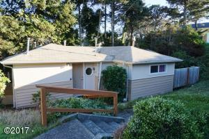 2340 NW Jetty Avenue, Lincoln City, OR 97367 - Exterior Street Side