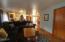 828 NE Grant St, Newport, OR 97365 - Living room