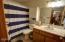 828 NE Grant St, Newport, OR 97365 - Bathroom