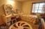 828 NE Grant St, Newport, OR 97365 - Bedroom
