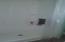 780 SE Ball Blvd, Waldport, OR 97394 - Walk-In Shower