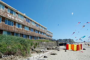 145 NW Inlet Ave, 216, Lincoln City, OR 97367 - Ocean side