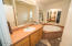 2067 SE Hemlock Ct, Lincoln City, OR 97367 - Master Bath