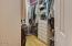 543 N Bayview Ct, Waldport, OR 97498 - Walk In Closet