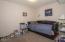 720 NE Jeffries Pl, Newport, OR 97365 - Downstairs Bedroom
