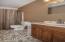 720 NE Jeffries Pl, Newport, OR 97365 - Guest Bath