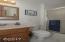 720 NE Jeffries Pl, Newport, OR 97365 - Master Bath