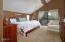688 NE 20th Pl, Newport, OR 97365 - IMG_4462 bathroom 688 20th main house sm
