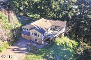 196 SE Larch St, Newport, OR 97365 - Street View